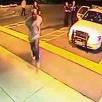 WATCH: US police use stun gun on black man outside hospital, an hour before his death