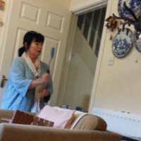 Take a break and watch this terrified Irish mammy battling a huge spider