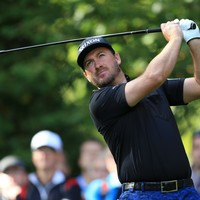 McDowell holds nerve to win first tournament in 16 months
