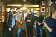 Irish stars Keane, Hoolahan, Long and Brady hit up Temple Bar pub for a good old sing-song