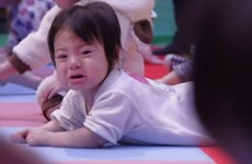 600 babies just set a world record for crawling