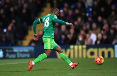 Defoe pounces on defensive error as Sunderland pull off smash and grab at Palace