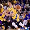 Warriors go 16-0 to break NBA record