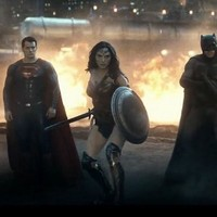 People have one big complaint about the new Batman v Superman trailer
