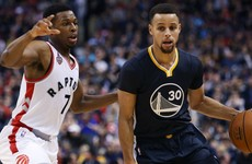 Curry stays hot as Warriors take their undefeated streak to 21