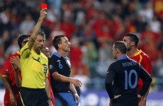 Rooney tells Capello he's sorry for seeing red