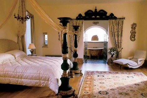 A bedroom in an Airbnb listed house in Carlow.