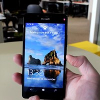 Microsoft's Lumia 950 is one for the hardcore fans but not for anyone else