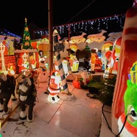 This house in Cork turned on its amazing Christmas lights in tribute to the man who started the tradition