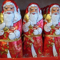 Irish people, what do you call Santa Claus -- Santa or Santy?