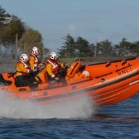 Lifeboat crew rescues boat that lost power in gale force winds