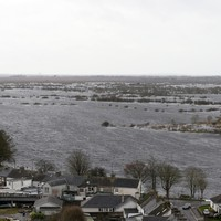 Counties Limerick and Clare are braced for the worst as the Shannon continues to rise