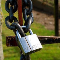 Microsoft is storing users' sensitive encryption keys in the cloud