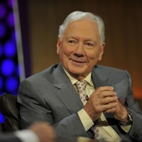 Gay Byrne thanks fans for well wishes following heart attack