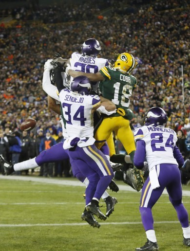 This unreal back-handed interception couldn't stop the Vikings beating Green Bay