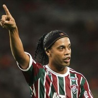 Ronaldinho has had 'more than one offer' from England as he seeks new club