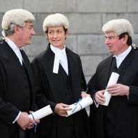 Judges to lose the wigs from today