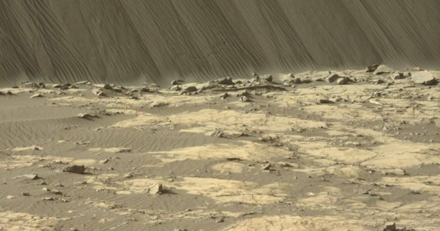 These photos are our first glimpse of the incredible tall sand dunes of Mars