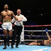 David Haye marks comeback with first-round knockout of Mark de Mori