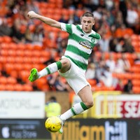 Stokes drops down a division to join Hibs on loan