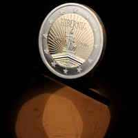 A swish new €2 coin comes into circulation today to commemorate 1916