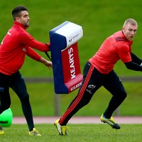 They're staying! Keith Earls and Conor Murray have both signed new IRFU contracts