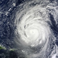 Hurricane Igor races towards Bermuda