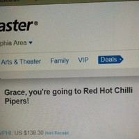 A girl just accidentally spent €130 on 'Red Hot Chilli Pipers' tickets