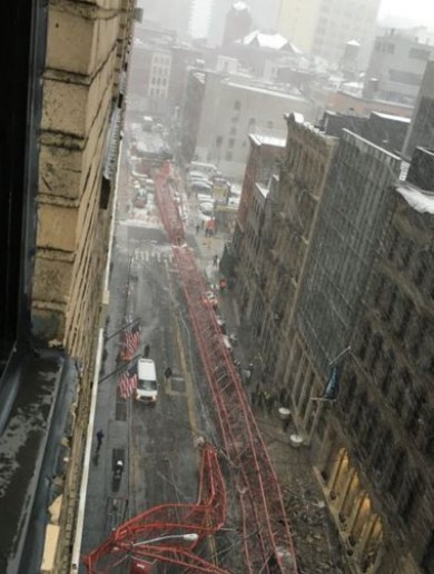 WATCH: Enormous crane collapses onto a Manhattan street
