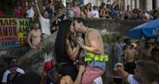Warnings Zika virus can make even kissing dangerous