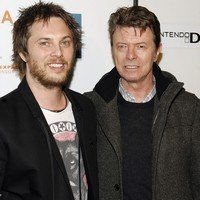 """""""Love you, grandad"""": David Bowie's son announces he is going to be a dad"""