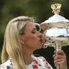 Angelique Kerber's Australian Open trophy has finally shown up... in the post