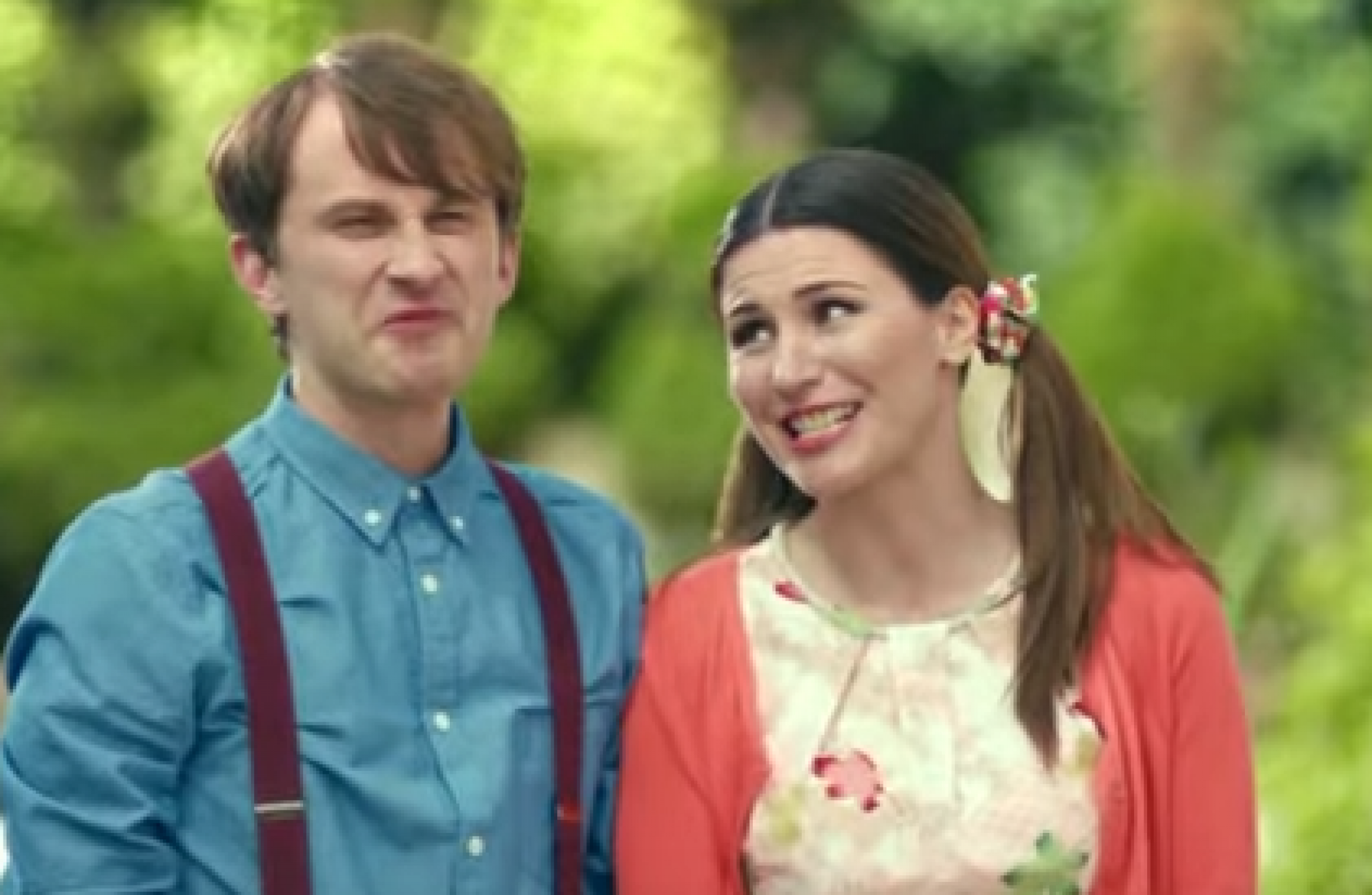 Hot Neighbour In Defence Of Rachel And Steve From The Bank Of Ireland Ads