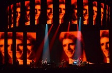 Lorde performed a wonderful tribute to David Bowie at the Brits