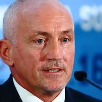 McGuigan slams 'bizarre' AIBA bid for pros at Olympics