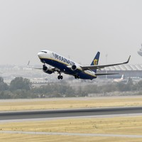 Ryanair flight diverts to Berlin so 'disruptive' stag party can be kicked off