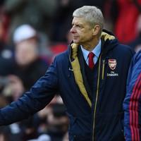 'Bitter loser' Wenger steers clear of Van Gaal's antics