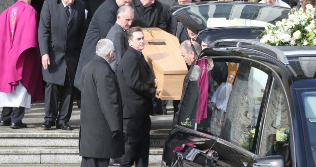 """""""He'll be the first to tell St Peter to feck off"""" - Ireland says farewell to Frank Kelly"""