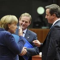 EU leaders strike 'comprehensive' debt deal after hours of talks