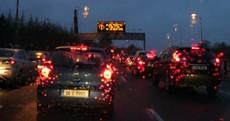 Commuting liveblog: Crashes close roads as traffic starts moving