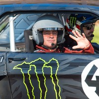 """Top Gear apologises for """"unwise"""" filming of car stunts near war memorial"""
