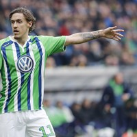 Wolfsburg striker Max Kruse loses €75,000 in the back of taxi after late night poker tournament