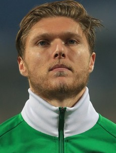 Ireland star Jeff Hendrick was 'out of it' when he pulled alleged victim out of taxi, court hears