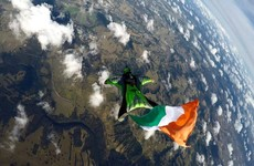 This Irish emigrant's stunning skydiving photos from Sydney will make you feel very patriotic