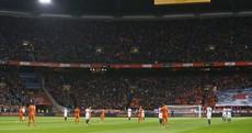 Netherlands-France match halted for Cruyff tribute