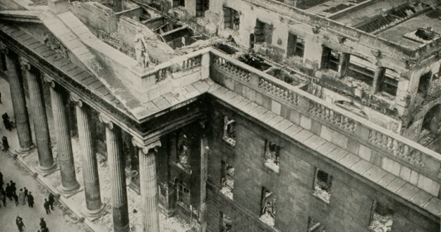 1916 Liveblog Day 5: Pádraig Pearse has ordered the total evacuation of the GPO