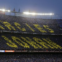 Camp Nou brilliantly paid homage to Johan Cruyff before El Clasico