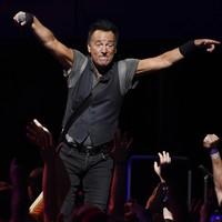 Bruce Springsteen cancels North Carolina gig over transgender bathrooms law