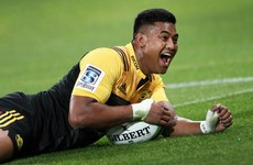 Julian Savea bounces back to form with hat-trick as Hurricanes win 9 try thriller