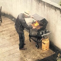 This photo of an Irish BBQ is going viral around the world because it's so grim